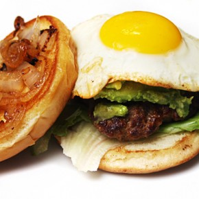 Worcestershire Onion Cheddar Burgers with Over Easy Egg & Wholly Guacamole #Recipe #Review