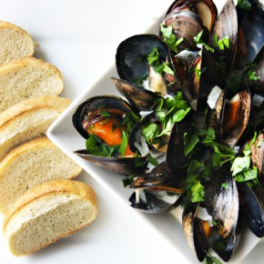 Steamed Mussels in Beer Cream Broth Recipe: Sponsored by Rave Review! Spirits
