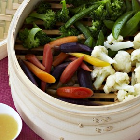 IMUSA Chinese New Year Steamed Veggies & Pineapple Sweet and Sour Sauce Recipe